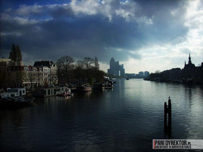 Amsterdam-miasto-blog-o-architekturze-podroze-kamienice-przestrzen-ciekawostki-na-wodzie-kanały-2
