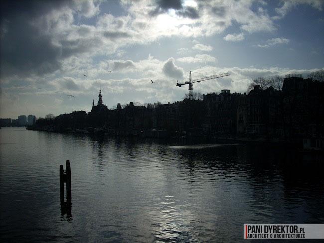 Amsterdam-miasto-blog-o-architekturze-podroze-kamienice-przestrzen-ciekawostki-na-wodzie-kanały-5