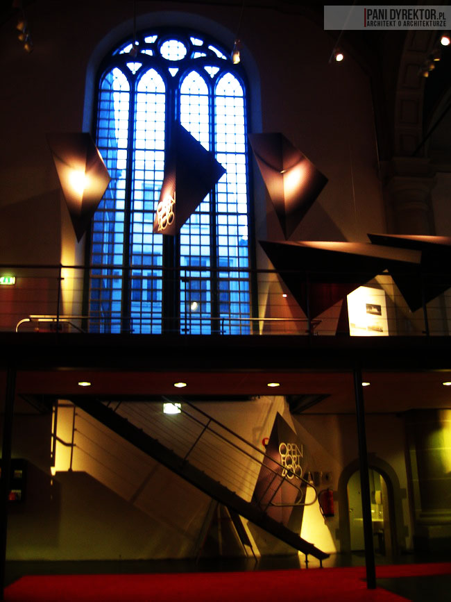 Amsterdam-miasto-blog-o-architekturze-podroze-kamienice-przestrzen-ciekawostki-ze-swiata-1
