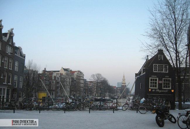 Amsterdam-miasto-blog-o-architekturze-podroze-kamienice-przestrzen-ciekawostki-ze-swiata-3
