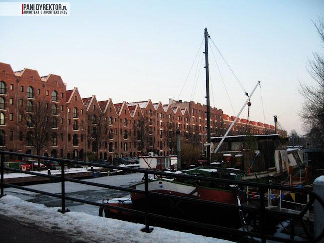 Amsterdam-miasto-blog-o-architekturze-podroze-kamienice-przestrzen-ciekawostki-ze-swiata-7