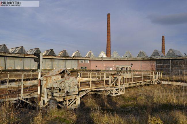 Dawno-temu-w-domu-stara-zajezdnia-lokomotywownia-obrotnica-wachlarzowa-pkp-rzeszow-1