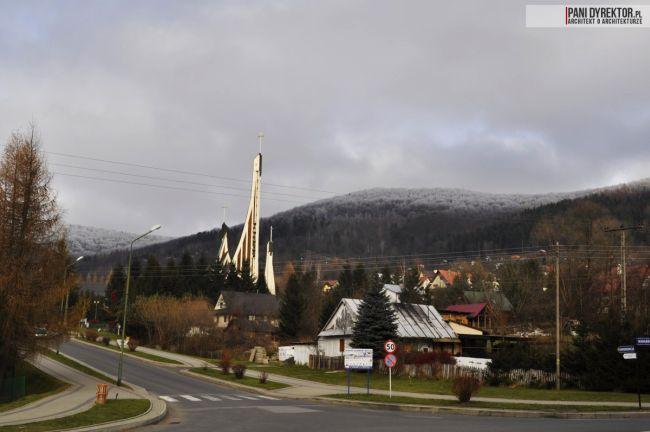 kościół-w-ustrzykach-dolnych-polska-architektura-sakralna-blog-architektoniczny-05