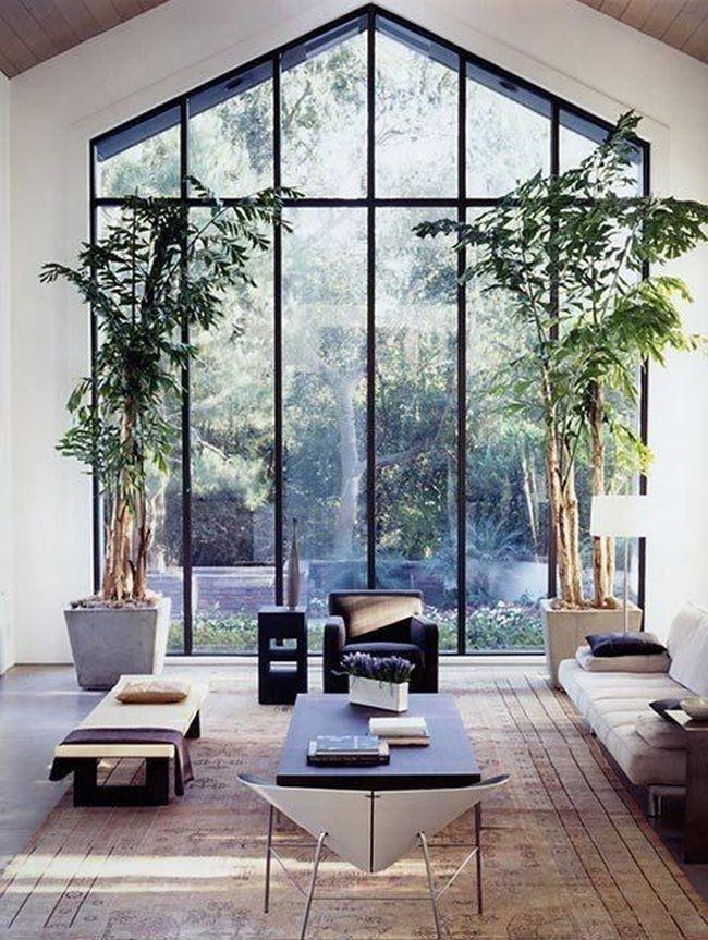 nowoczesny-salon-sufit-katdralny-poniesiony-przestrzen-pustka-nad-salonem-8