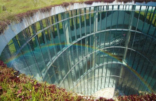 nowoczesny_budynek_przemysłowy_zieleń_w_budynku_budynek_w_zieleni_nowoczesny_projekt_realizacja_14