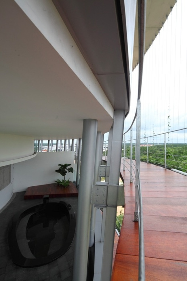 nowoczesny_budynek_przemysłowy_zieleń_w_budynku_budynek_w_zieleni_nowoczesny_projekt_realizacja_23