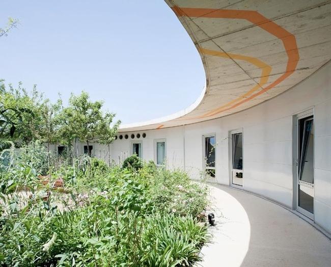 Domy spokojnej starosci moga tez zachwycac - nowoczesna architektura i nowoczesny obiekt-santa rita-nursing home03