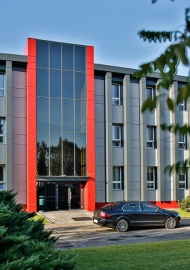 modernizacja_biurowca_skoczów_kuźnia_polska_realizacja_projekt_04