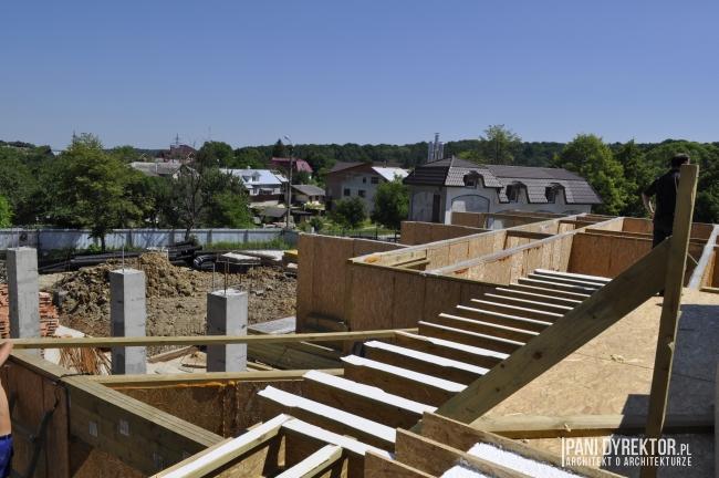 tanie-budowanie-technologia-plytowa-szkieletowa-panele-SPI-tani-dom-jak-budowac-pomysl-na-maly-tani-dom-09
