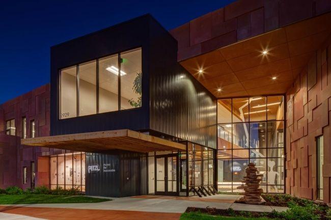 nowoczesna_architektura_przemysłowa_siedziba_firmy_PETZL_utah_modern_design_modern_project_02