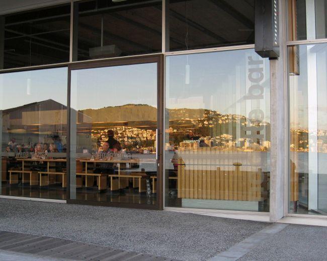 storefront_window_shop_witryna_sklepowa_okno_sklep_design_16