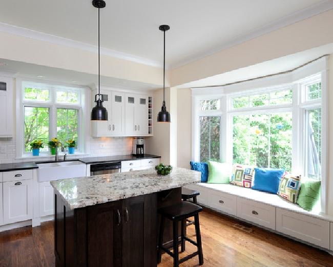 wykusz_amerykańskie_wnętrza_okno_wykuszowe_bay_window_american_house_design_project_17