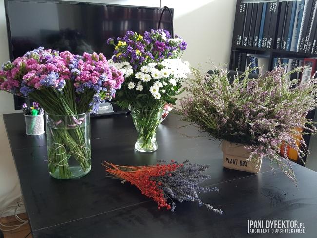 dekoracje-jesienne-bukiet-suchych-kwiatow-jak-zrobic-ulozyc-deco-autumn-zrob-to-sam-diy-zatrwian-limoniom-suszki-bukiety-04