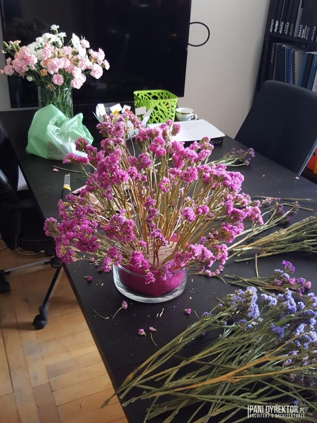 dekoracje-jesienne-bukiet-suchych-kwiatow-jak-zrobic-ulozyc-deco-autumn-zrob-to-sam-diy-zatrwian-limoniom-suszki-bukiety-09