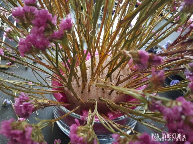 dekoracje-jesienne-bukiet-suchych-kwiatow-jak-zrobic-ulozyc-deco-autumn-zrob-to-sam-diy-zatrwian-limoniom-suszki-bukiety-11