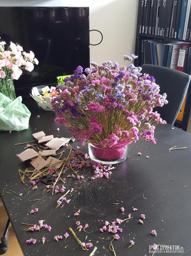 dekoracje-jesienne-bukiet-suchych-kwiatow-jak-zrobic-ulozyc-deco-autumn-zrob-to-sam-diy-zatrwian-limoniom-suszki-bukiety-12