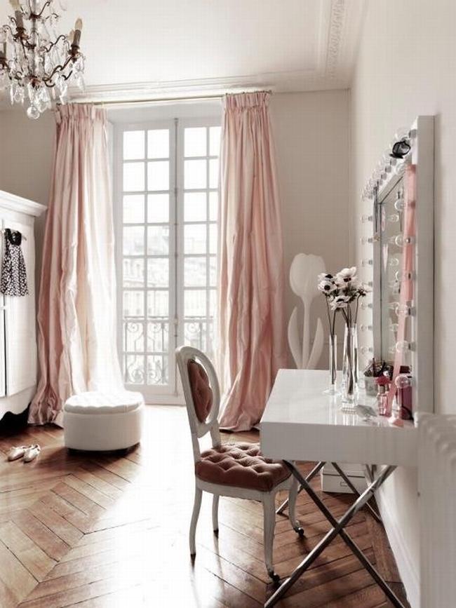 kobieca_toaletka_inspiracje_design_wnętrze_sypialnia_377