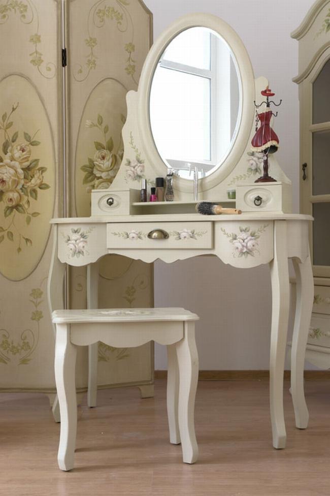 kobieca_toaletka_inspiracje_design_wnętrze_sypialnia_545
