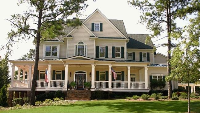 elewacja_domu_amerykańskiego _dom_amerykański_willa_amerykańska_rezydencja_projekt_design_elewacja_podjazd_pod_dom_inspiracje 14
