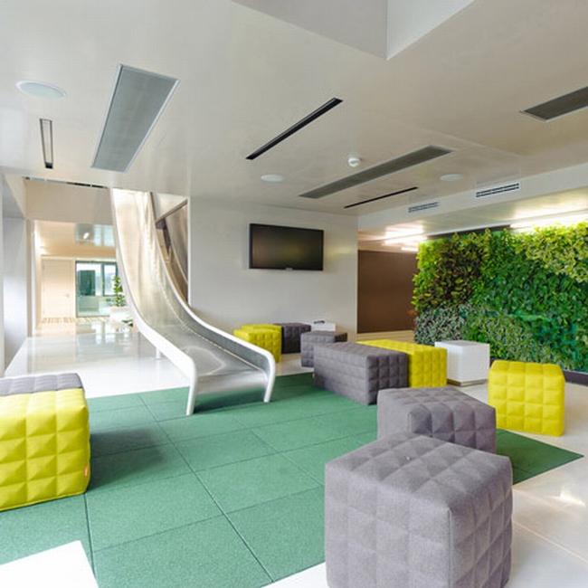 kreatywna przestrzeń biurowa wnętrze biurowe miejsce pracyw biurze inspiracje pomysły design biura 04