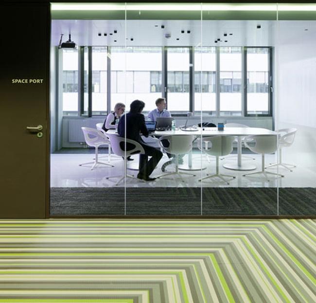 kreatywna przestrzeń biurowa wnętrze biurowe miejsce pracyw biurze inspiracje pomysły design biura 12