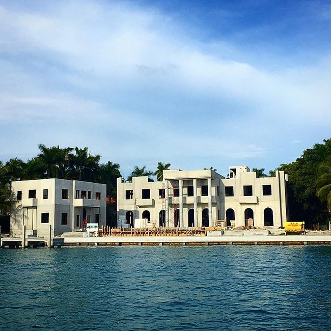 lisa hochstein house dom amerykański luksusowa rezydencja domy gwiazd amerykańska willa marzeń 07
