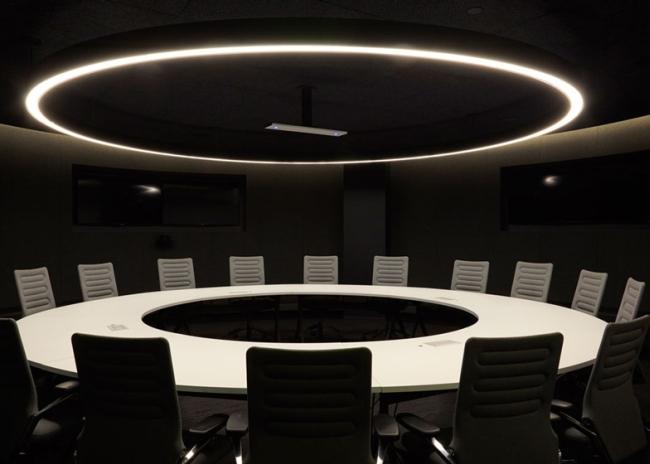 nowoczesne biura wielkich korporacji projekt nowoczesne wnętrze pomysłowe design inspiracja jak urzadzic wnetrze pomysl 411