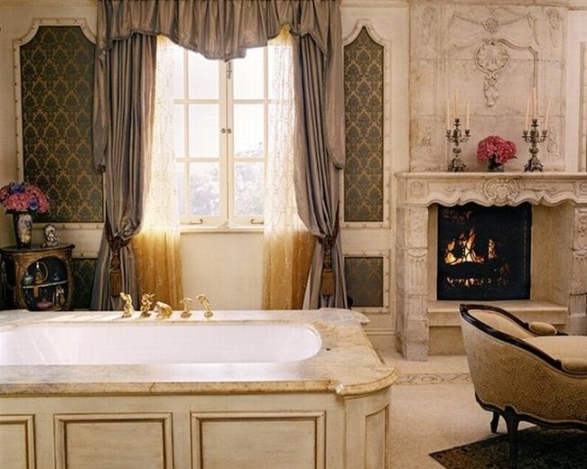 romantyczna łazienka w stylu francuskim łazienka glamour zdobiona łazienka delikatna łazienka bogata łazienka inspiracje 23
