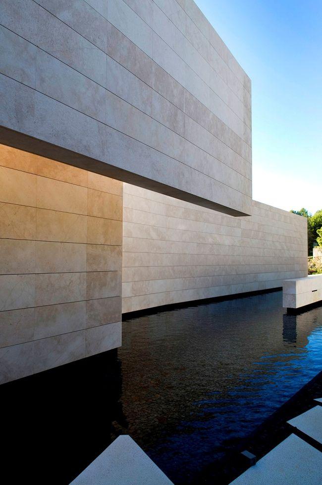 luksusowa-willa-z-basenem-dom-marzen-willa-marzen-design-inspiracje-nowoczesne-domy-luksusowa-rezydencja-nowoczesna-willa-modern-architecture-modern-house-with-pool-059
