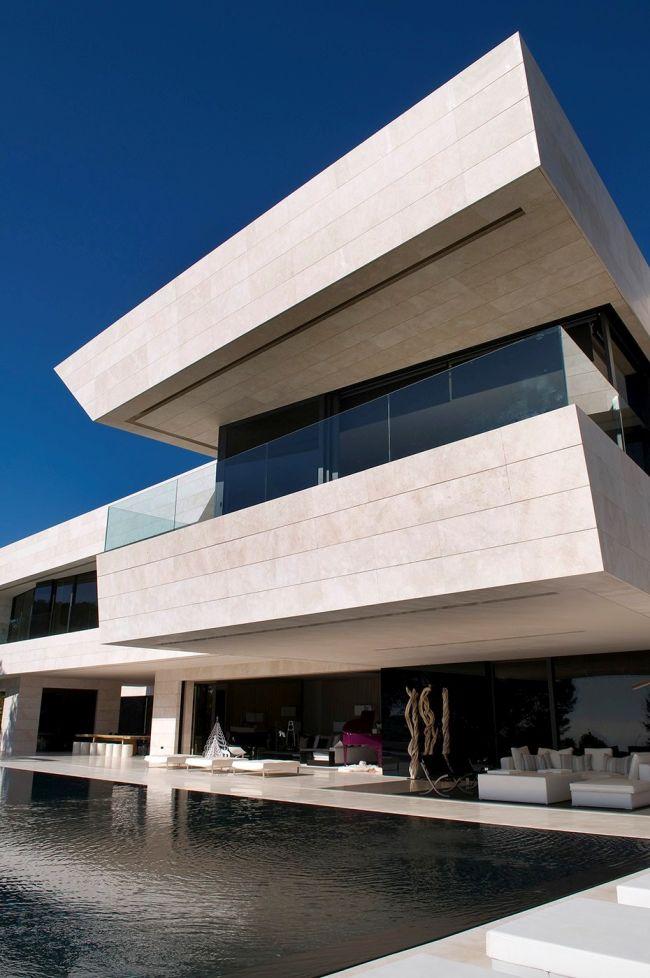 luksusowa-willa-z-basenem-dom-marzen-willa-marzen-design-inspiracje-nowoczesne-domy-luksusowa-rezydencja-nowoczesna-willa-modern-architecture-modern-house-with-pool-068