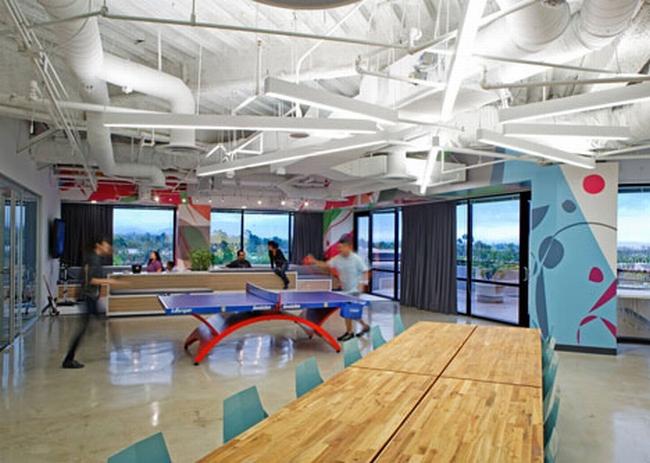 nowoczesna przestrzeń biurowa biura wielkich korporacji nowoczesne biuro inspiracje design nowoczesnego biura 02