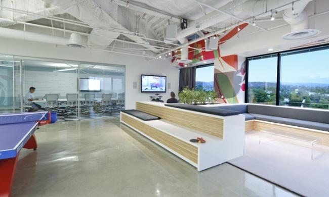nowoczesna przestrzeń biurowa biura wielkich korporacji nowoczesne biuro inspiracje design nowoczesnego biura 16