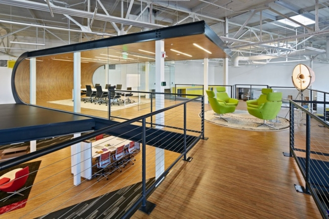 nowoczesne biuro kreatywna przestrzeń biurowa inspiracje pomysły realizacja kreatywne biuro nowoczesne 12