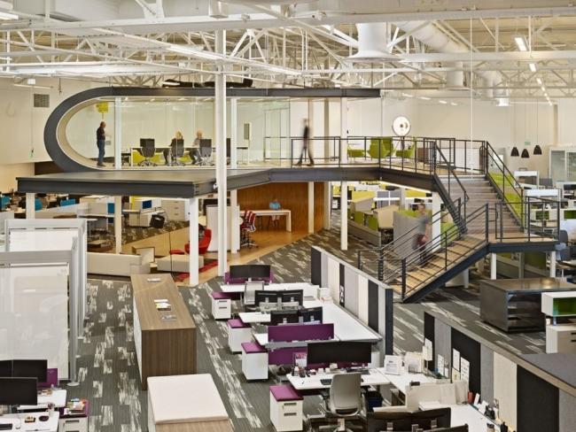 nowoczesne biuro kreatywna przestrzeń biurowa inspiracje pomysły realizacja kreatywne biuro nowoczesne 36