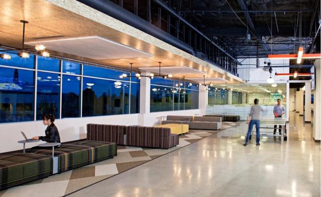 nowoczesne wnętrze biura nowoczesne biuro design nowoczesnego biura wielkich korporacji inspiracje pomysły wnętrza biurowe jak urządzić nowoczesne wnętrze biurowe 20