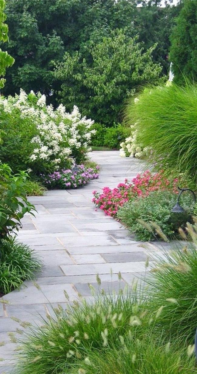 piękny ogródek zieleń przed wejściem do domu inspiracje pomysły na piękny ogródek zieleń 37