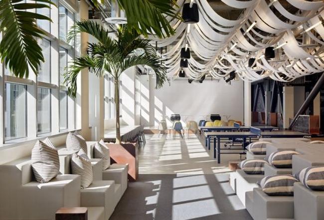 jak urządzić nowoczesne biuro design biura aranżacje biura nowoczesne biuro nowoczesna przestrzeń biurowa inspiracje podsumowanie biura wielkich korporacji 02