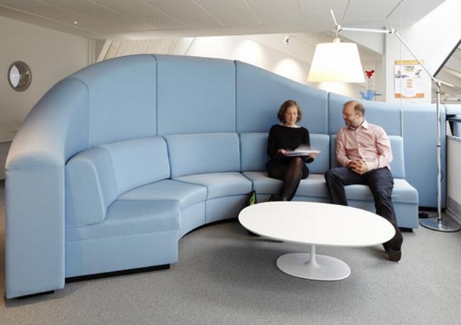 nowoczesna aranżacja biura nowoczesne przestrzenie biurowe design inspiracje projekt biura wnętrze biurowe LEGO 01