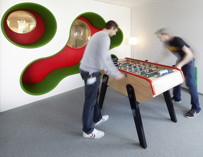 nowoczesna aranżacja biura nowoczesne przestrzenie biurowe design inspiracje projekt biura wnętrze biurowe LEGO 02