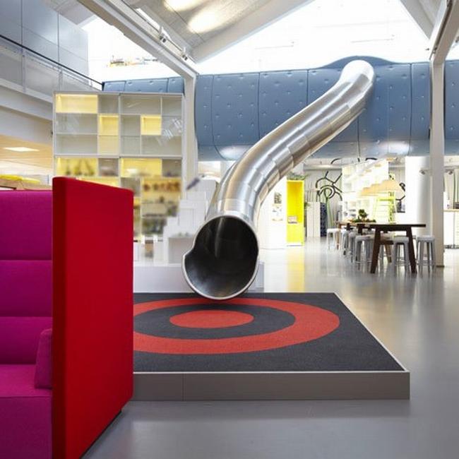nowoczesna aranżacja biura nowoczesne przestrzenie biurowe design inspiracje projekt biura wnętrze biurowe LEGO 31