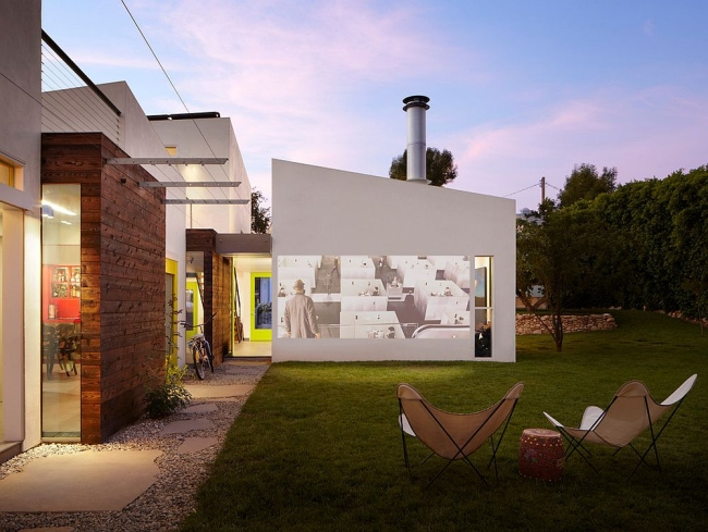 zewnętrzne domowe kino letnie w ogrodzie kino z tyłu domu kino koło domu inspiracje pomysły oudoor cinema outdoor movie theatre 17