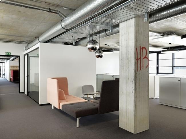 modne wnętrze biurowe design inspiracje nowoczesne projektowanie wnętrz nowoczesne biuro biura wielkich korporacji 01