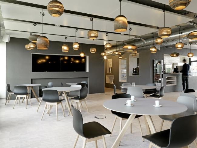 modne wnętrze biurowe design inspiracje nowoczesne projektowanie wnętrz nowoczesne biuro biura wielkich korporacji 10