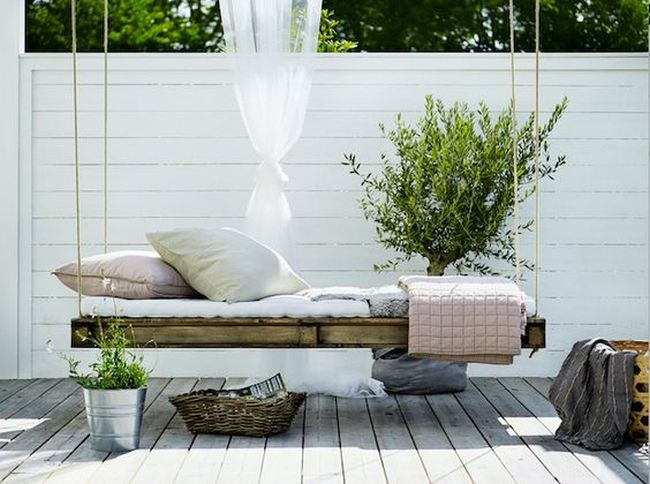 huśtawka w ogrodzie huśtawka ogrodowa inspiracje design pomysły aranżacja ogrodu jaką huśtakwę wybrać do ogrodu 14