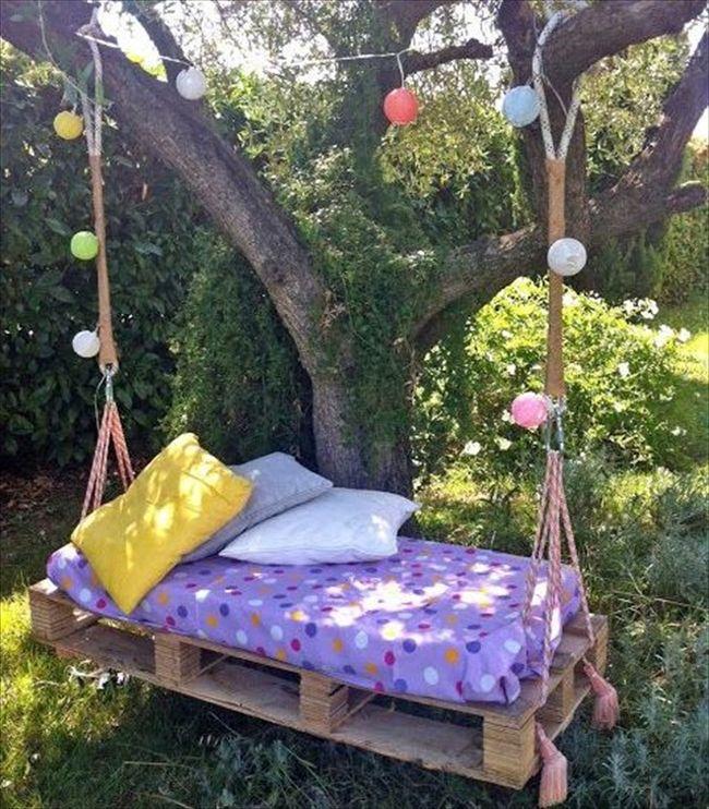huśtawka w ogrodzie huśtawka ogrodowa inspiracje design pomysły aranżacja ogrodu jaką huśtakwę wybrać do ogrodu 31