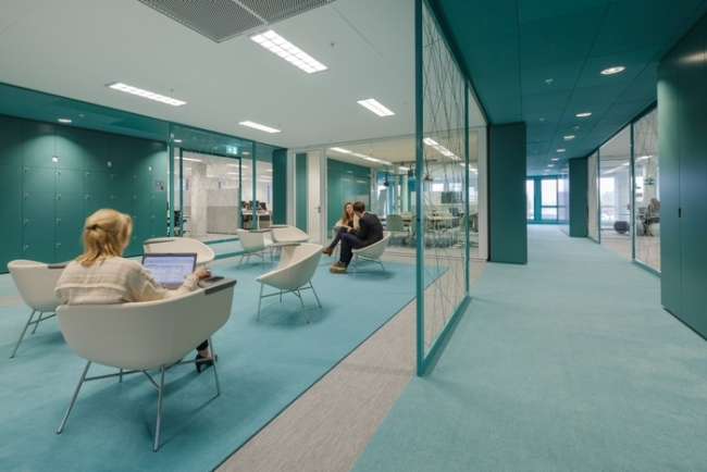 inspirujące wnętrze biura nowoczesne biuro design nowoczesnego biura inspiracje projekt biura wielkich korporacji 22