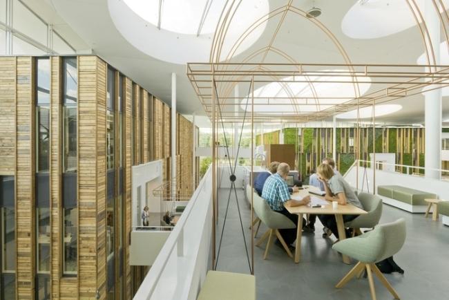inspirujące wnętrze biura nowoczesne biuro design nowoczesnego biura inspiracje projekt biura wielkich korporacji 36