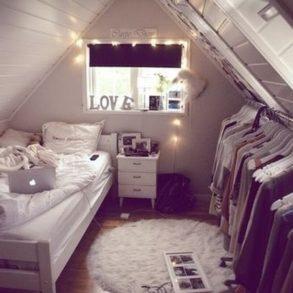 Sypialnia na poddaszu inspiracje zobacz jak urz dzi for Chambre we heart it