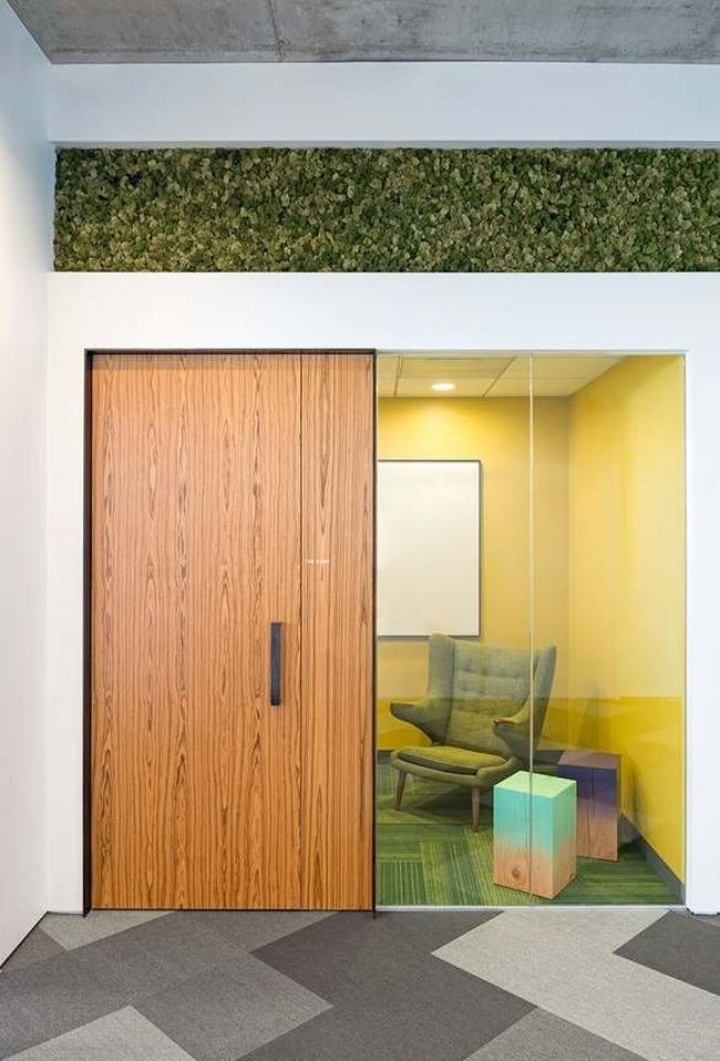 projekt-wnetrza-nowoczesnego-biura-nowoczesne-biuro-inspiracje-design-nowoczesne-wnetrze-biura-inspirujace-biura-korporacji-16