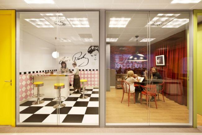 nowoczesny-design-biura-nowoczesne-biuro-nowoczesne-wnetrze-biura-inspiracje-design-inspirujace-biuro-nowoczesne-wnetrze-biurowe-kreatywna-przestrzen-biurowa-09